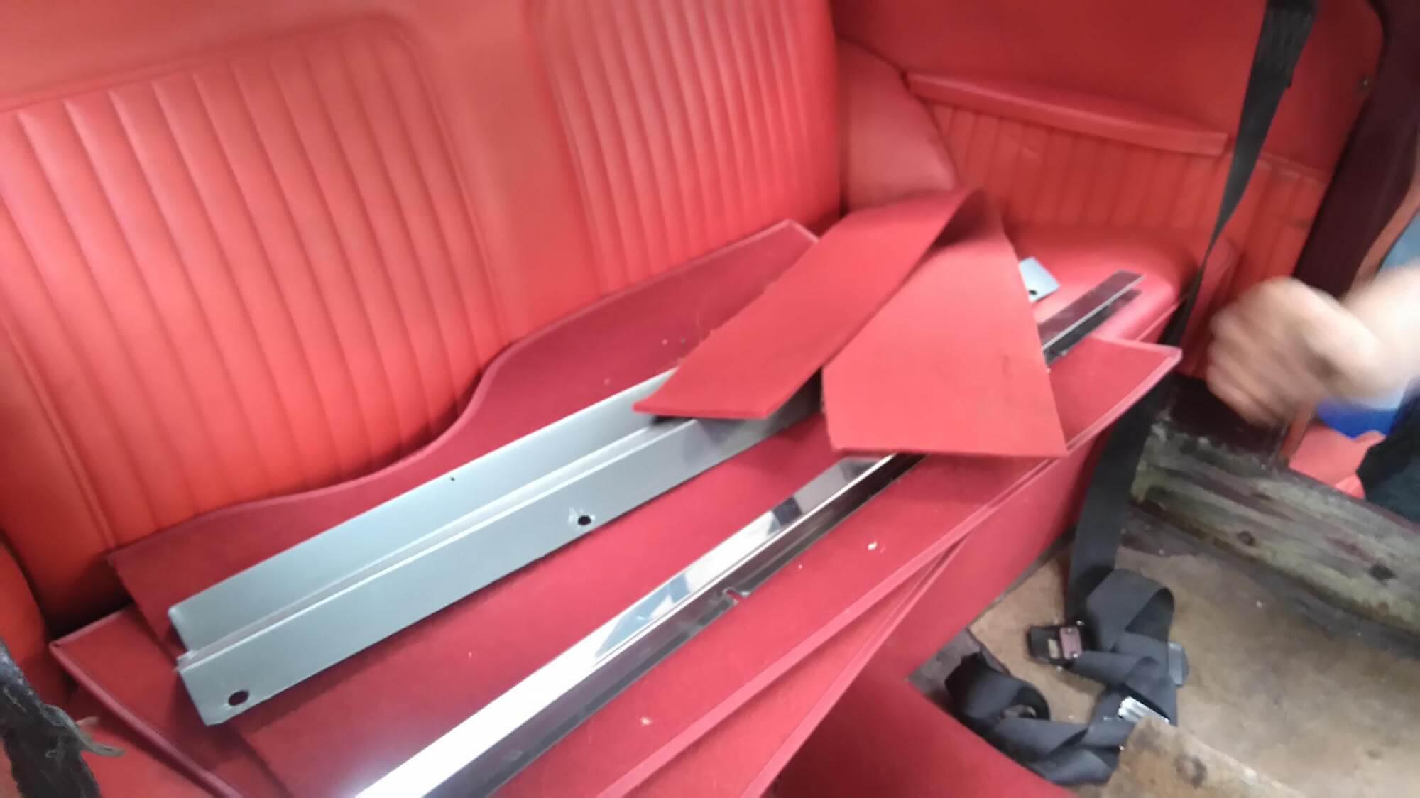 Morris Minor 1971 - classic car interior renovation