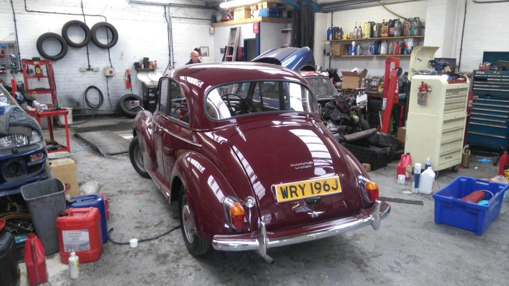 Morris Minor 1971 - stunning classic car restoration