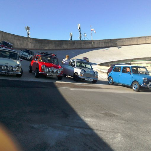 Mini turns 60 - classic Minis on the track