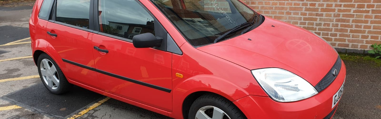For Sale - Red Ford Fiesta 2005 - side view